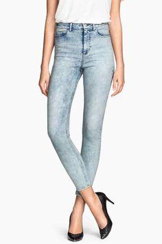 Jean taille haute #H&M repéré avec l'application #Overlay