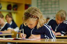 Schuluniformen kommen immer mehr in Mode
