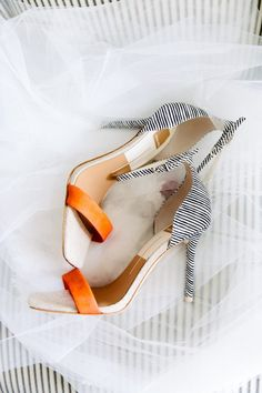 22 Orange Wedding Details That Dont Remind You of a Traffic Cone - unique heels {2TPhoto}