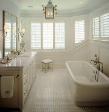 Medium lantern in a bath room makes the room classy.