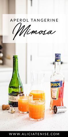 The perfect brunch cocktail: the Aperol Tangerine Mimosa Fruity Alcohol Drinks, Drinks Alcohol Recipes, Fun Drinks, Alcoholic Drinks, Cocktails, Drink Recipes, Salad Recipes, Beverages, Healthy Juice Recipes