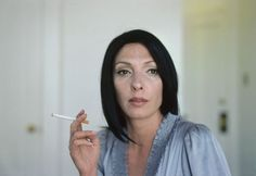 Lise Sarfati / She series: Gina Oakland, CA 2009 Lise Sarfati, French Photographers, Depth Of Field, Photography Workshops, Contemporary Photography, Great Shots, Documentaries, Culture, My Style