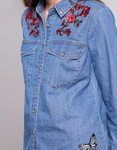 Camisa denim bordada