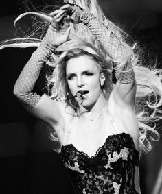 Flawless performing How I Roll live Femme Fatale Tour