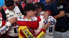 Tony Stewart, Jeff Gordon create lasting moment with ceremonial lap at Brickyard 400