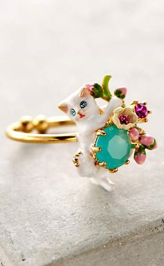 Le Chat Blanc Ring #anthrofave