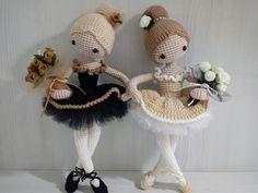 Super Design Ideas for Crochet Amigurumi Dolls Crochet Dolls Free Patterns, Crochet Doll Pattern, Crochet Bunny, Cute Crochet, Amigurumi Patterns, Crochet Crafts, Doll Patterns, Crochet Toys, Crochet Projects