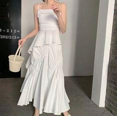Japanese Fashion, Asian Fashion, Boho Fashion, Girl Fashion, Fashion Dresses, Skater Fashion, Fresh Outfits, Stylish Outfits, Simple Dresses