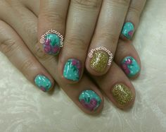 Floral nails. Mint and gold nails. #PreciousPhanNails