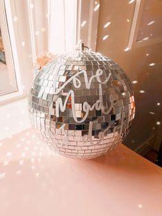 Love made us do it wedding prop sticker - wedding trend decor - diy wedding - sign - wedding backdrop - handlettered sign Wedding Props, Wedding Art, Glitter Wedding, Wedding Signs, Dream Wedding, Wedding Colors, Fall Wedding, Disco Party Decorations, Wedding Decorations