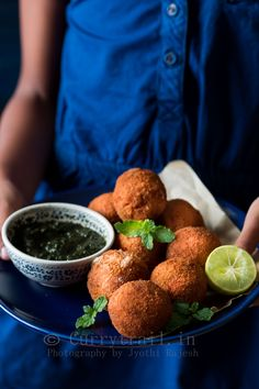 A great party always starts with a great starter like this garlic chicken cheese balls. Crunchy yet soft centered with gooey cheesy is absolutely delicious and very addictive snack.