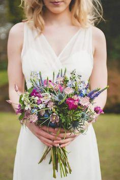 Bouquet noiva, bouquet de noiva, bouquet noiva rustico, bouquet de flores naturais, bouquet romantico, bouquet amarelo, bouquet alecrim, bouquet azul marinho, bouquet casamento, bouquet assimetrico, bouquet branco casamento, bouquet casamento, bouquet de noiva