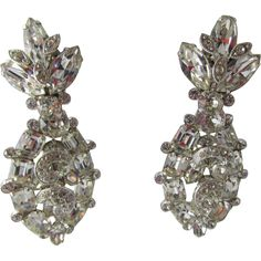 Gorgeous Eisenberg 3 Drop Rhodium Plated Rhinestone Earrings