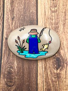 Father's Day Rock Painted Stone, Fisherman Paperweight, Father's day Gift, Fishing Lover, Hand Painted Rock Pebble Painting, Pebble Art, Stone Painting, Diy Painting, Painted River Rocks, Hand Painted Rocks, Painted Pebbles, Rock Painting Ideas Easy, Rock Painting Designs