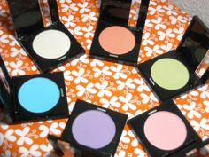 Make Up For Ever pastel eye shadows--click thru for review and more pics!