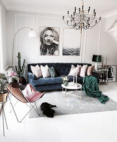 Room Interiors That Will Inspire Your Next Redecoration // I constantly look to sites like WeHeartIt to get inspired, particularly when it comes to interior design and home decor. Below are 12 images that I know will inspire your next redecoration. Bohemian Living Rooms, Home Living Room, Interior Design Living Room, Living Room Designs, Living Room Decor, Bedroom Decor, Modern Interior, Decoration Inspiration, Home And Deco