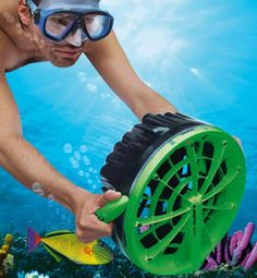 Coolest gadgets – Bladefish Underwater Scooter – a must have for the beach
