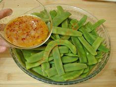 Mısır Unlu Taze Fasulye Kızartması Tarifi Yapılış Aşaması 5/12 Starters, Celery, Green Beans, Side Dishes, Appetizers, Soup, Snacks, Vegetables, Breakfast