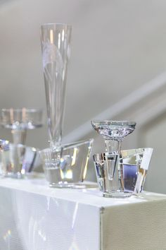 Discover the revolutionary SinStella crystal glasses and the exclusive MoonLashes silverware by World famous designer Vera Purtscher. Bentley Motors, Best Chef, Crystal Collection, Best Location, Fine Dining, Fancy, Pure Products, Crystals, Rolls Royce