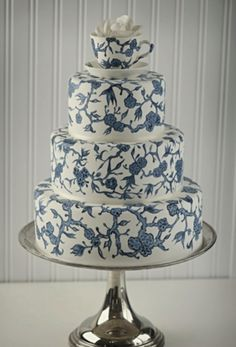 Blue Willow Cake
