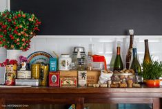 23-decoracao-cozinha-rolha-madeira-temperos
