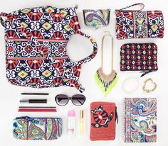 Vera Bradley Sun Valley pattern at The Treehouse What In My Bag, Southern Girls, I Love Fashion, Women's Fashion, Classy And Fabulous, My Bags, Sun Valley, Vera Bradley, Lilly Pulitzer