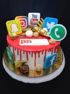 More than 27 amazing photos of birthday cake pics for Fa 12th Birthday Cake, Funny Birthday Cakes, Bithday Cake, Birthday Cake With Photo, Birthday Cake Pictures, Birthday Cakes For Teens, Teen Cakes, Girl Cakes, Facebook Cake