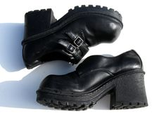 Teen 1990's Nineties Grunge Chunky Platform Shoes....oh my gosh, did anyone else have a pair of these? Mine went to the the top of my ankle...