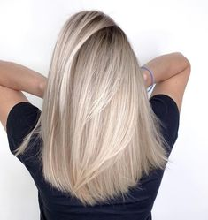 Blonde Ombre Hair, Blonde Hair Looks, Hair Color Balayage, Hair Highlights, Ombre Balayage, Ashy Blonde, Blond Hair Colors, Short Blond Hair, Black Balayage