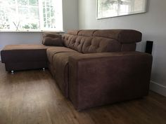 Habitat sofa + chaise with Duetto system. Chaise lounge optioned as manual sliding that can be deployed as a single bed or a seat with back. Behind it is storage with the mattress cover neatly stored. Seats are optioned as electric reclining seats. Delivered to our client in Berkshire. Modern Sofa, Modern Bedroom, Sofa Bed Mattress Cover, Chaise Sofa, Couch, Leather Bed, Corner Sofa, Sofa Design, Contemporary Furniture