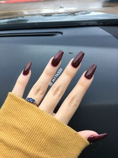 Sparkly maroon coffin nails Nails in 2019 Maroon nails, Coffin coffin nails maroon - Coffin Nails Dark Red Nails, Burgundy Nails, Sparkly Black Nails, Cute Nails, Pretty Nails, My Nails, Coffin Nails Matte, Acrylic Nails Maroon, Colorful Nail Designs