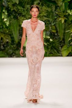 To die for dress! Wow..Naeem Khan Spring 2014