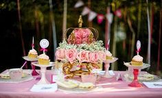 Fiesta de Princesas: Ideas para decorar la mesa :: Princess Party Table Decor