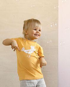 Lintu t-paita luomupuuvillaa. Käsin painettu ja ommeltu pajallamme Suomessa. Onesies, Baby, Kids, Clothes, Women, Fashion, Young Children, Outfits, Moda