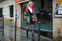 STYLE DU MONDE / Paris Fashion Week Fall 2017 Street Style: Caroline Daur  #Fashion, #FashionBlog, #FashionBlogger, #Ootd, #OutfitOfTheDay, #StreetStyle, #Style