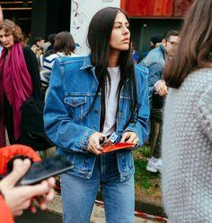 The Best Street Style Beauty From Phil Oh's Milan Fashion Week Fall 2017 Snaps Street Style 2017, Street Style Looks, Street Style Women, Balenciaga Jacket, Cool Street Fashion, Milan Fashion, Street Chic, Street Wear, Most Stylish Men