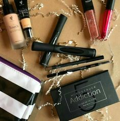 What's in your makeup bag? It should be YOUNIQUE! #Younique #ClickImageToShop #Questions #EmailMe sarahandbrianyounique@gmail.com or comment below