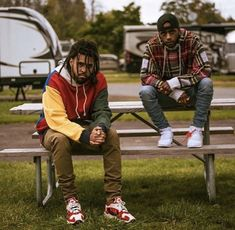 J Cole and 🔥💯 ➖➖➖➖➖➖➖➖➖➖➖➖➖➖➖➖ nwa eazye icecube drdre tupac tupacshakur thegame snoopdogg 187 deathrow oldschool biggie biggiesmalls notoriousbig hiphop eastside newyork wutang wutangclan eminem slimshady jcole dreamville jid cole coleworld J Cole And Drake, J Cole Art, J Cole Quotes, Young Simba, Hip Hop Art, Hip Hop And R&b, King Cole, Mode Style, T Rex