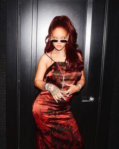 Rihanna in Fenty Mode Rihanna, Rihanna Riri, Rihanna Style, Rihanna Red Hair, Rihanna Song, Rihanna Fashion, Women's Fashion, Rihanna Instagram, Divas