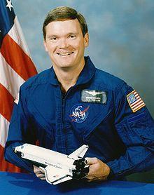 Bruce Edward Melnick; STS-41, STS-49