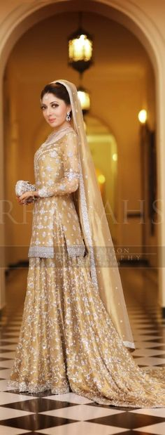 Here are some new latest designs of Pakistani designer bridal dresses collection. Check these embroidered bridal dresses and look fab. Walima Dress, Pakistani Wedding Dresses, Pakistani Outfits, Indian Dresses, Indian Outfits, Bridal Dresses 2017, Bridal Outfits, Indiana, Asian Wedding Dress