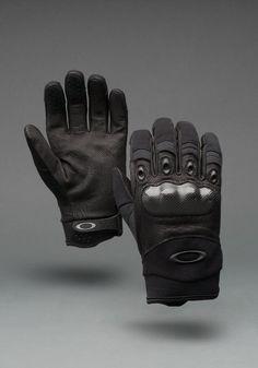 Oakley Factory Pilot Gloves w/ carbon fiber knuckles