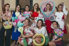 Photocall romántico fandi para bodas amorosas y divertidas Holidays And Events, Photo Booth, Backdrops, Wedding, Diy Photo Booth, Romantic Moments, Wedding Band Rings, Floral Bouquets, Globes