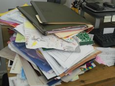 Girl get organized! Paper clutter organizing tips http://clearmindorganizing1.blogspot.com/Clear Mind Organizing