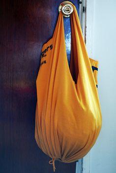 DIY: no-sew recycled t-shirt bag
