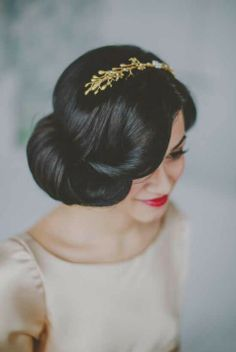 2014 Wedding Trends | Hair Embellishments Peinados de novia