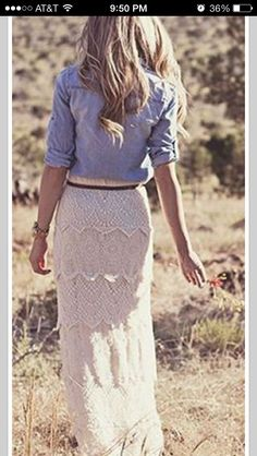 Looove this outfit esp the skirt!!