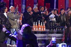 Count down di Capodanno 2017 su Rai 1in diretta da Potenza condotto da Amadeus e Teo Teocoli. #bellini #amadeus #teoteocoli