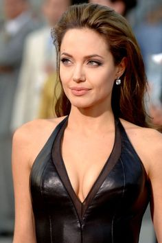 Angelina Jolie Hottest Photo