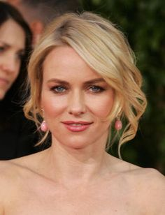 Naomi Watts's Updo Hairstyle at the 2009 Golden Globes